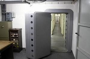 Tresor Selber Bauen : deutsches fort knox ffnet tresor t ren ~ Watch28wear.com Haus und Dekorationen