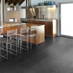 laminat in küche laminat oder vinylboden ein vergleich