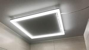Led Beleuchtung Im Bad : infrarot heizung im bad an der decke mit led beleuchtung bad pinterest heizung led ~ Markanthonyermac.com Haus und Dekorationen