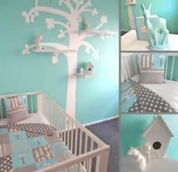 wandgestaltung babyzimmer babyzimmer gestalten aqua blau grau wandgestaltung baum schablone regale kinderzimmer