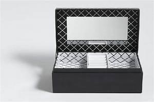 Boite Cadeau Bijoux : boite bijoux idee cadeau noel cristina cordula pour tati ~ Teatrodelosmanantiales.com Idées de Décoration