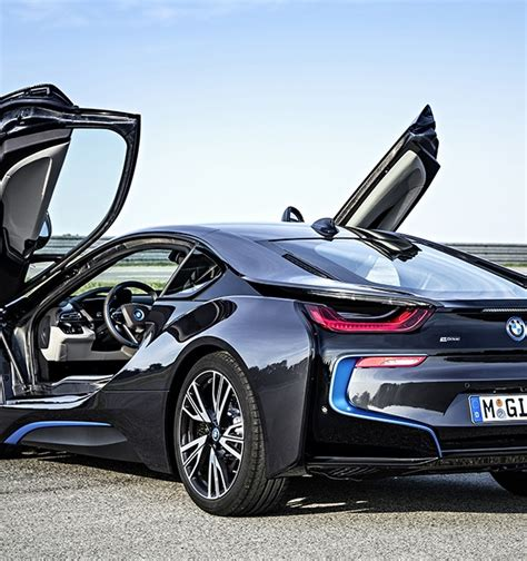 Bmw Electric Sports Car by Bmw I8 In Hybrid Sports Car Officially Revealed