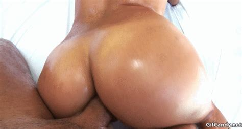 hottie with oily ass riding cock candy