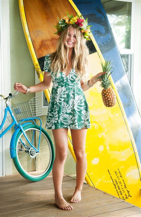 25+ Best Ideas About Hawaiian Outfits On Pinterest