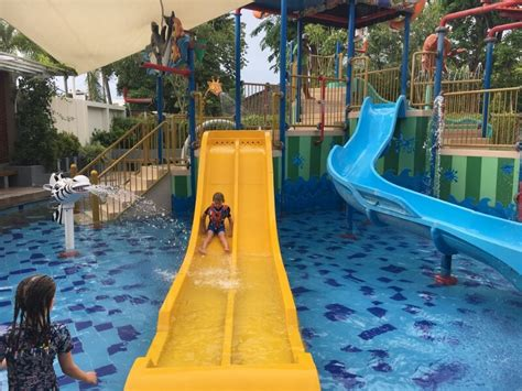grand mirage family paradise review rolling   kids