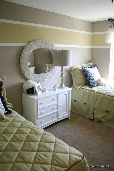Bedroom Paint Ideas One Wall by 25 Best Ideas About Wall Paint Patterns On