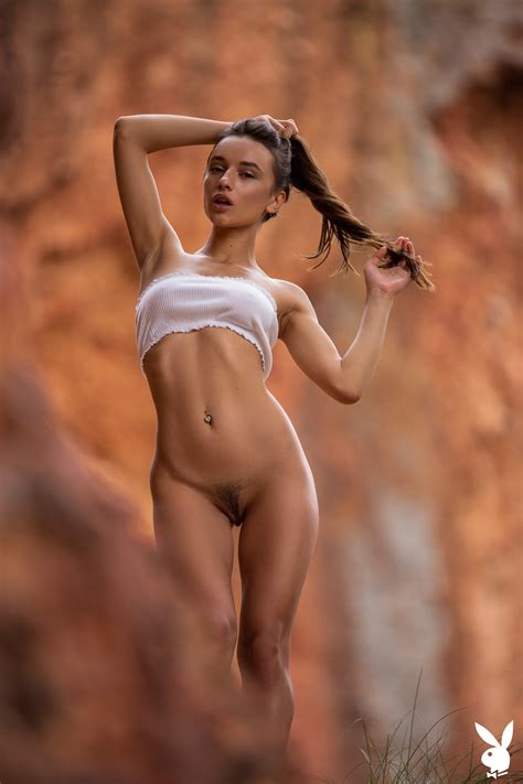 Gloria Sol TheFappening Nude In Canyon Photos The Fappening