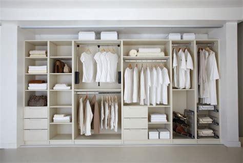 chic custom  closets  match   desires