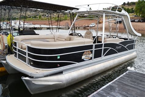 Used Pontoon Boats With Bathroom by Pontoon Boats Inlet Bay Marina
