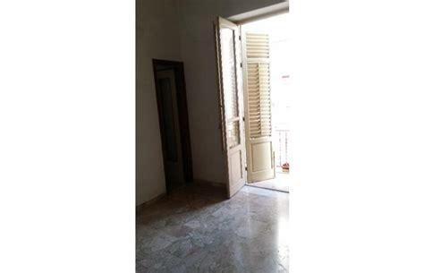 vendita appartamenti privati palermo privato vende appartamento appartamento zona arenella