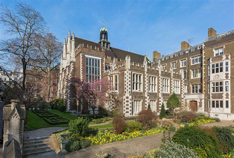 Garden City Justice Court by Middle Temple