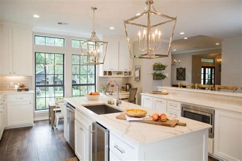 fixer upper kitchens season  patterson decorating