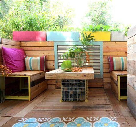 canapé en palette en bois canapé en palette de bois idées faciles en 27 photos