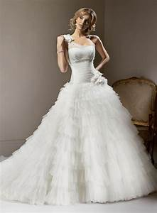 20 ball gown wedding dresses wedding gowns big hips With wedding dresses for big hips