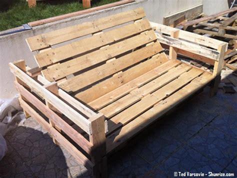 canapé palette bois canape avec palette bois maison design sphena com
