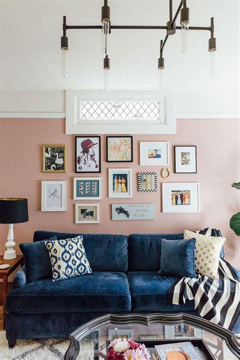 julia goodwins san francisco home  blue velvet sofa pink walls  blue velvet