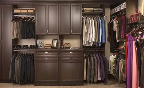 walk in closets vs reach in closets the pros and cons of