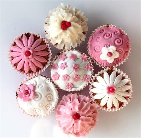 cours de cuisine entre copines un cours de cupcakes entre copines à domicile région de