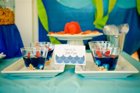 sea water party smash cake