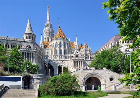 Budapeszt zabytki, atrakcje, przewodnik, budapeszt przewodnik, zdjęcia, węgry, zwiedzanie, ciekawe miejsca, 10 największych zabytków, ciekawostki, budapeszt mapa, najciekawsze miejsca, symbole, budapeszt co warto zobaczyć, tradycje, zwyczaje. Budapeszt - zdjęcia, zabytki, imprezy, opinie   Zielonamapa.pl