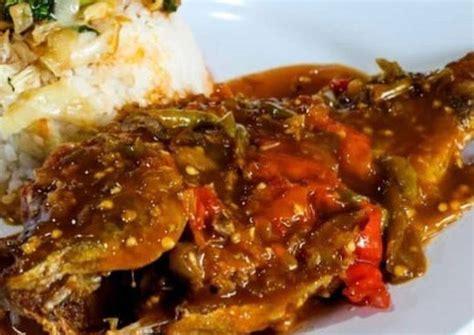 Masukkan sos cili thai, kacau dan masak sekejap. Masak Ikan Nila Pedas Manis - Resep Nila Asam Pedas Yang ...