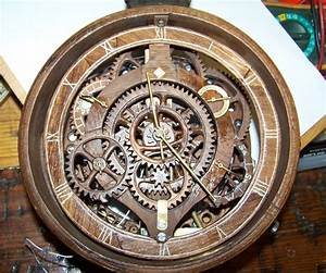 Wooden gear banjo clock