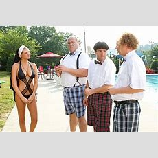 New Kate Upton Photo From The Three Stooges Movie Comingsoonnet