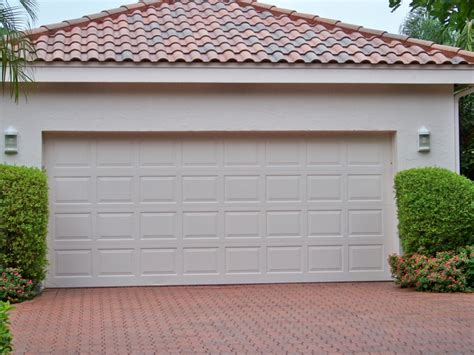Puertas De Garaje Modernas Y Funcionales Para La Casa Make Your Own Beautiful  HD Wallpapers, Images Over 1000+ [ralydesign.ml]