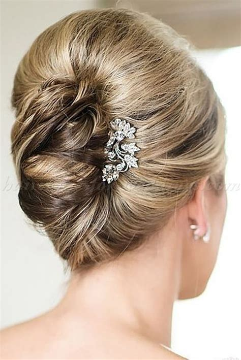 25 best ideas about mother of the bride hairdos on