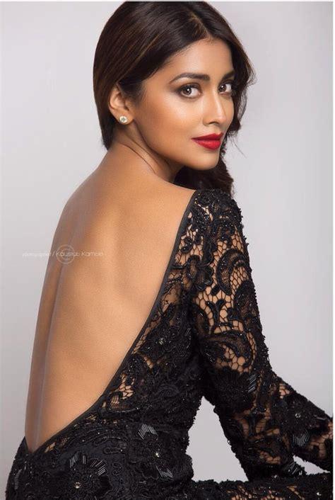 22 Shriya Saran Latest & Hot Photos iLuBilu