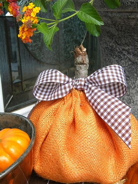 1000 ideas about pumpkins for sale on happy fall primitive fall and pumpkin signs