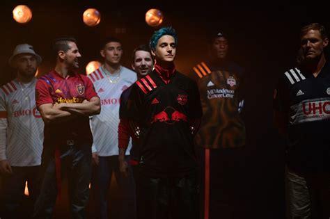 ninja walks  stage  red bull   york fashion week