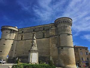 Chateau De Gordes : a love affair with south of france village of gordes ~ Melissatoandfro.com Idées de Décoration