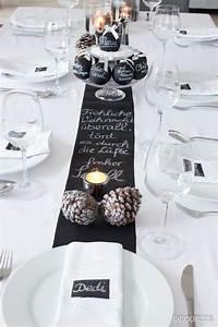 Tischdeko Schwarz Weiß Ideen : die besten 17 ideen zu weihnachtstischdeko auf pinterest weihnachtstisch dekoration ~ Bigdaddyawards.com Haus und Dekorationen