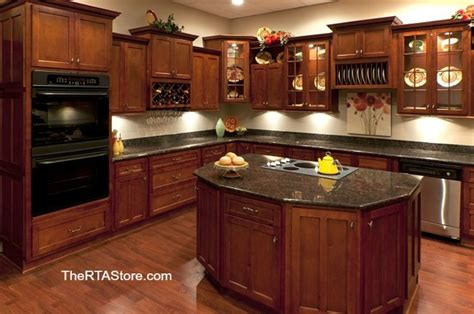 kitchen cabinet wallpaper shaker cabernet cabinets traditional kitchen cabinetry 2843