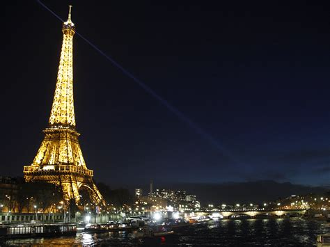 50 eiffel tower light up wallpapers download at