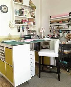 Ikea Schreibtisch Kallax : 55 kallax regal ideen als raumteiler kleiderschrank garderobe und co ~ A.2002-acura-tl-radio.info Haus und Dekorationen
