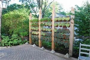Bild Moderner Sichtschutz Garten Holzpfosten Aabbeatv