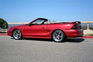 Ford Mustang Photo Gallery: 1995 GT Convertible | Shnack.com