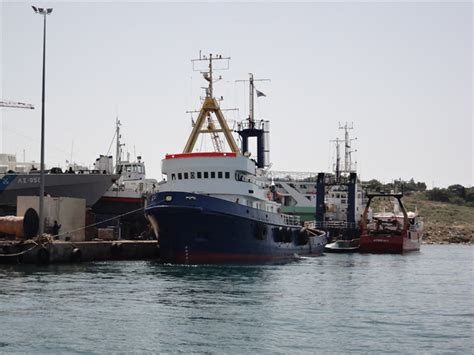 Tugboat Rental by Tugboats Tug Tug Boat For Sale Or Charter In Greece
