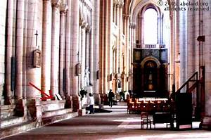 Seat Poitiers : poitiers cathedral stained glass photographs 2 france zone at ~ Gottalentnigeria.com Avis de Voitures