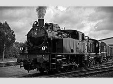 Black And White Railroad 11x85 5