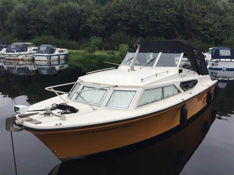Half Cabin Boats Uk by Fjord 27 Selcruiser Aft Cabin Boat For Sale Quot Smugglers
