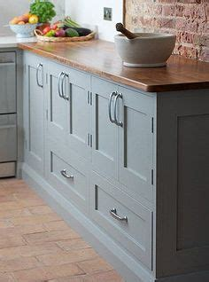 popular kitchen cabinets gray kitchen cabinets benjamin greyhound 1579 1579