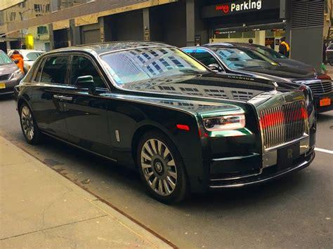 rolls royce phantom coolest luxury tech features