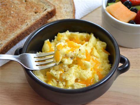 scramble cuisine how to scrambled eggs genius kitchen