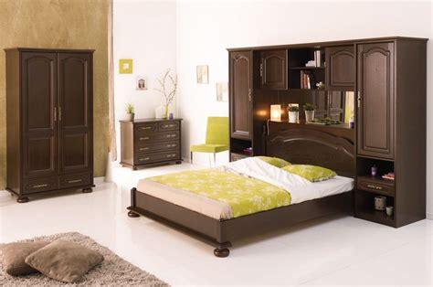 Un aspect tradiţional şi cu detalii deosebite. mICHIGAN: Tablouri Dormitor Dedeman