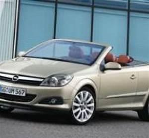 Opel Ampera Commercialisation : opel astra twintop toit en dur et habitabilit ~ Medecine-chirurgie-esthetiques.com Avis de Voitures