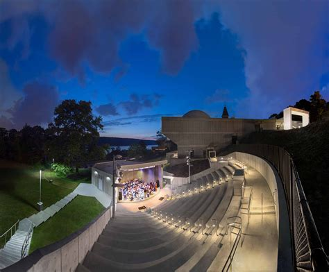 amphitheater hudson river museum