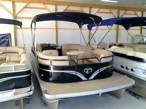 Tahoe Pontoon Boats Michigan by Pontoons Michigan New Boats Hudson Michigan